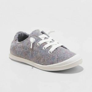NWT girls Mad Love Shana metallic gray sneakers